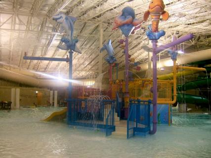 King's Pointe Indoor Water Park Resort